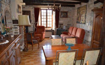 Cordes-sur-Ciel – village house
