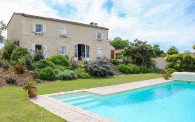 Loubers – near Cordes-sur-Ciel. A classic white stone farmhouse