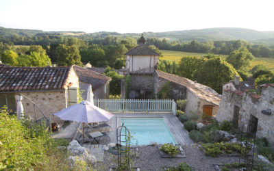 Village house with pool and garden near Cordes-sur-Ciel